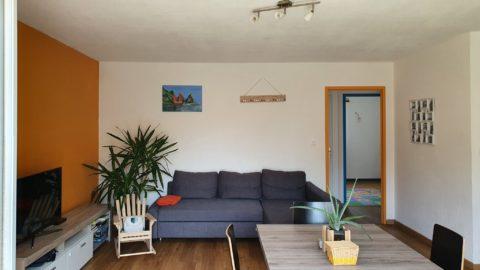 Bel appartement (66m2) avec balcon et garage.