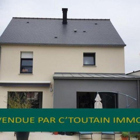 Belle maison neuve (2019) sur terrain ouest de 350 m2 .